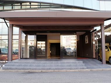 本社玄関の写真